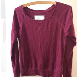 Abercrombie & Fitch Maroon T-Shirt
